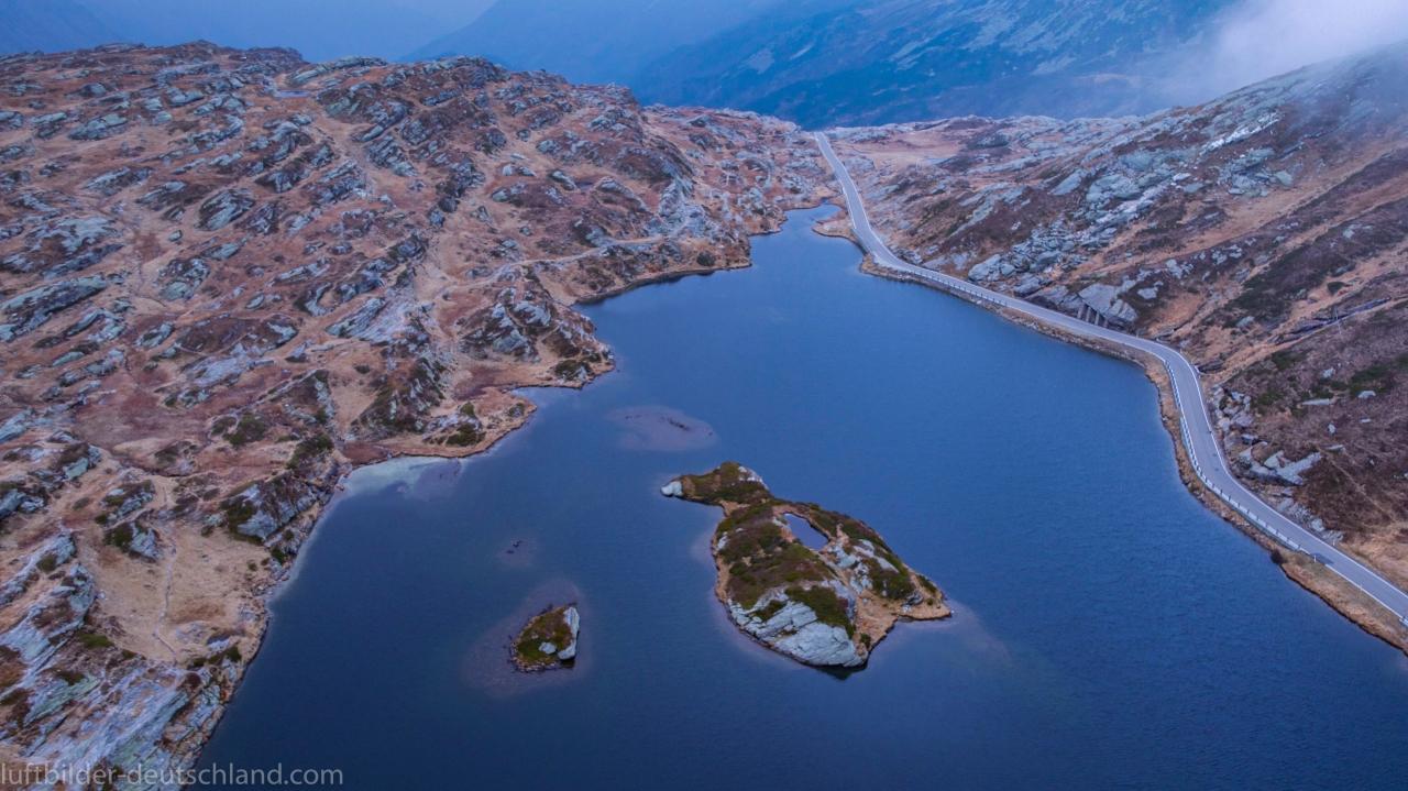 San Bernardino Pass Luftbild, luftbilder-deutschland.com
