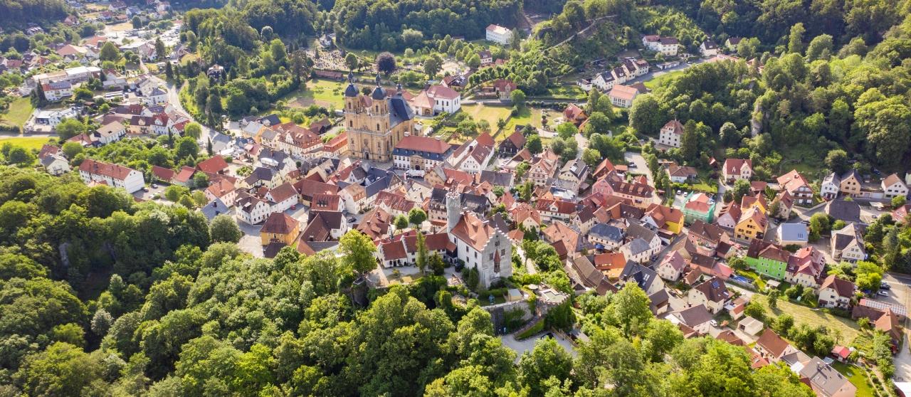 Luftbild Gößweinstein, Burg, Basilika, luftbilder-deutschland.com © OliverRiess
