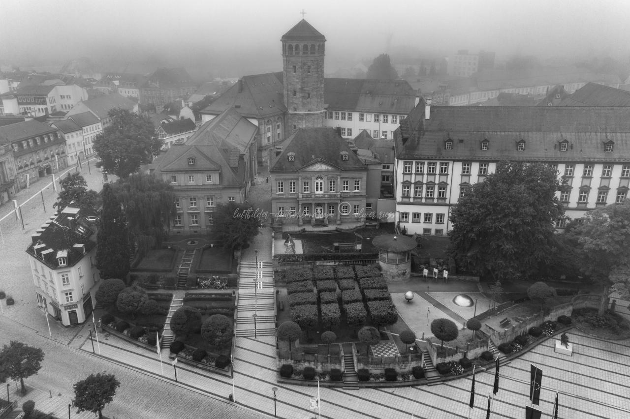 Bayreuth am Morgen, Festspielhaus, Opernhaus, City, luftbilder-deutschland.com © OliverRiess