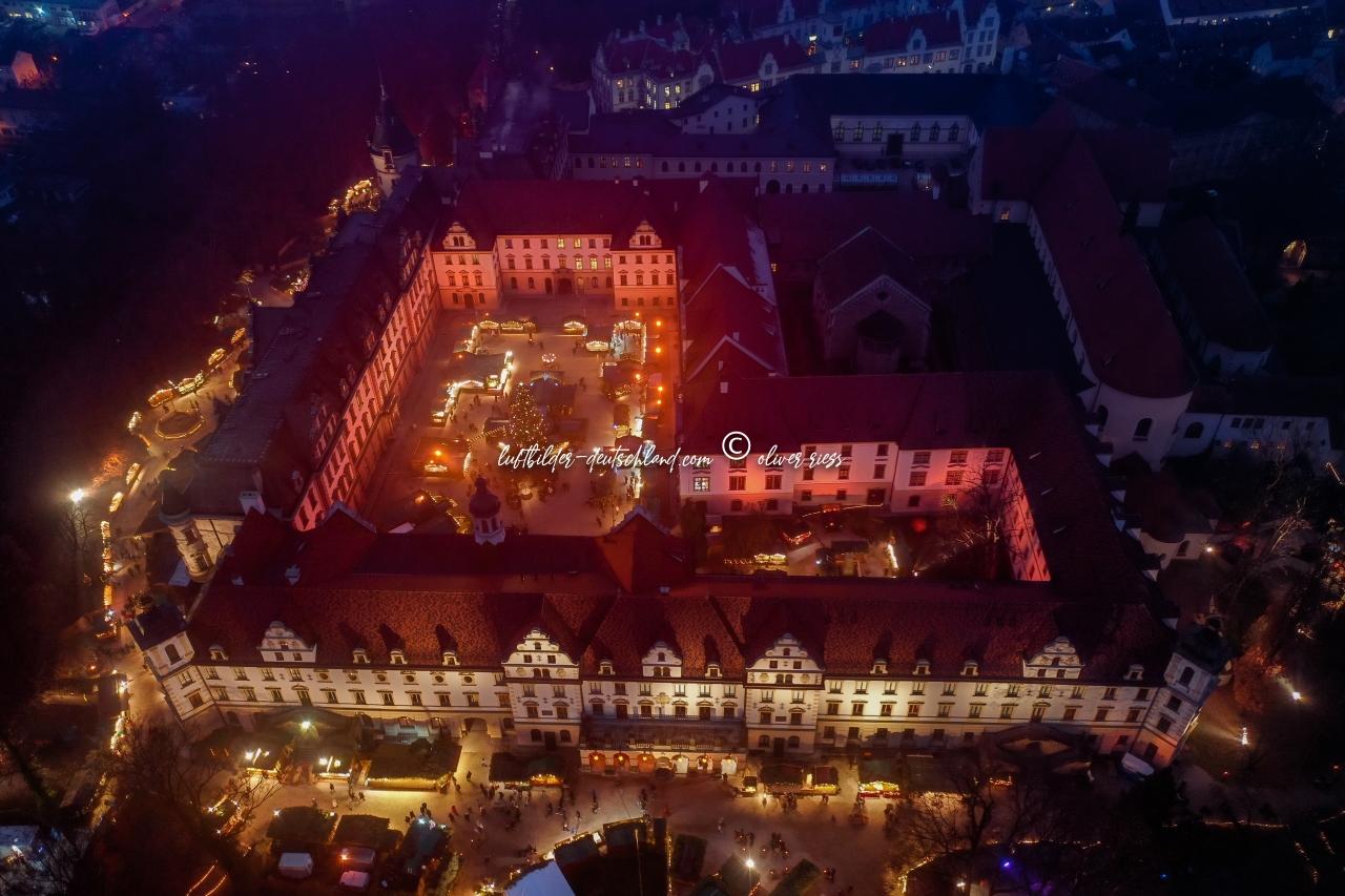 Luftbilder Romantischer Weihnachtsmarkt Regensburg , Schloss Thurn &Taxis